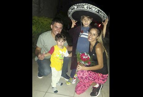Ha formado una linda familia con Diego Langa con quien tiene dos hijos