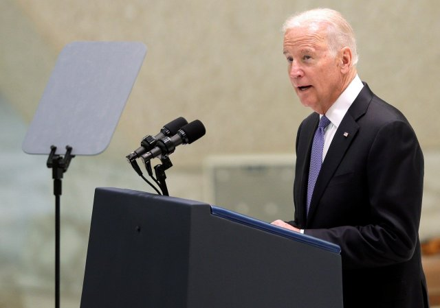 U.S. Vice President Joe Biden speaks during a meeting in Paul VI hall at the Vatican April 29, 2016. REUTERS/Max Rossi