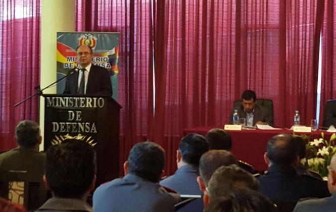 Ministerio de Defensa pedirá que Murillo devuelva todo el dinero que recibió del Estado