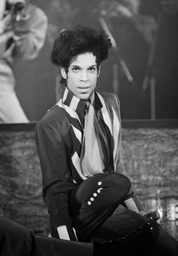 Foto de archivo de Prince durante una de sus actuaciones.