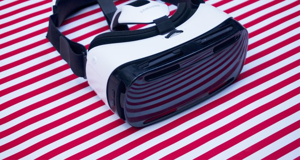 Las Gear VR son un gran ejemplo de cómo llegar al gran público.