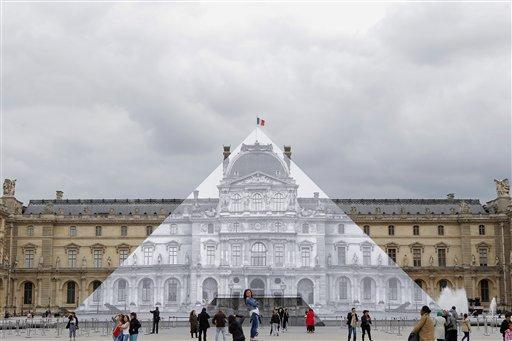 (AP Foto/François Mori)
