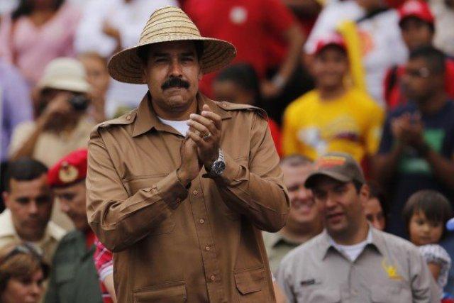 Nicolas-Maduro-Sombrero