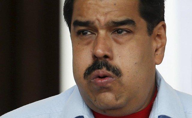 Maduro-silbando-980