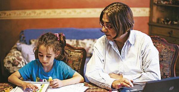 Su pequeña nieta  la ha rejuvenecido Hace poco menos de seis años que Kiara, su nieta, vive con Amalia. Para ella es lo más hermoso que le pudo pasar en estos últimos años. Con la niña ha vuelto a disfrutar de la maternidad.