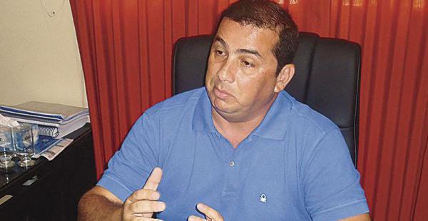 Álex Ferrier, gobernador de Beni