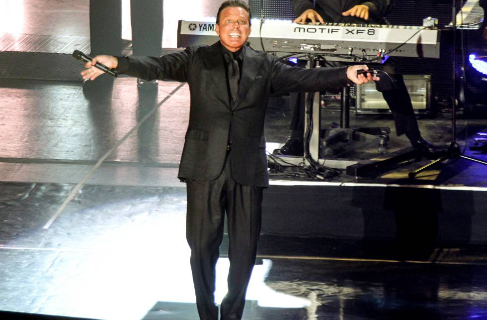 Luis Miguel durante su segundo concierto en Ciudad de México en noviembre de 2015.