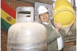 YPFB deja que el combustible vaya al contrabando