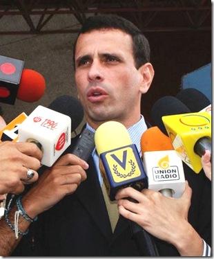 Foto-2-Gobernador-de-Miranda-Henrique-Capriles-Radonski