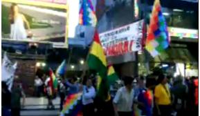 Bolivianos piden la renuncia del cónsul en Buenos Aires; aludido afirma que trabajo es eficiente