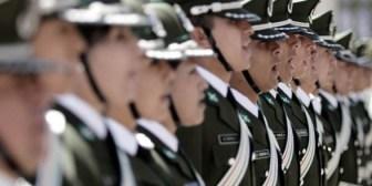 Postergan graduación de nuevos subtenientes de la Policía por falta de sables