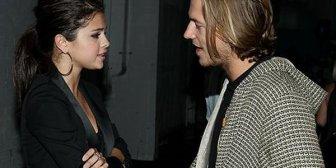 ¿Selena Gomez con su nuevo novio?