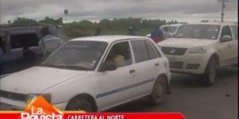 Santa Cruz: Vecinos de Satélite Norte bloquean exigiendo el esclarecimiento de un crimen