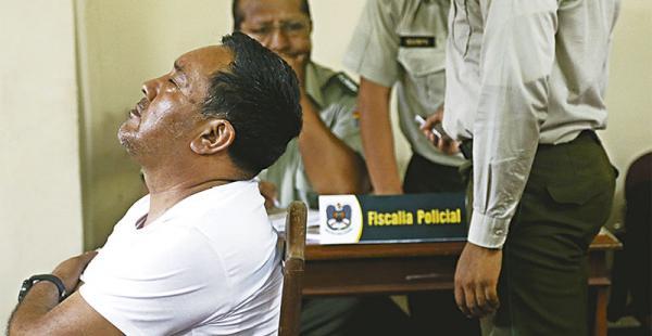 proceso interno  el tribunal disciplinario estuvo presidido por willy paz Tapia, tras ser dado de baja salió del salón, subió a una camioneta y se fue con su abogado