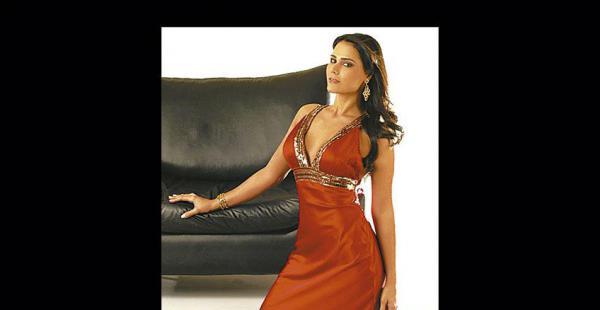 Vanessa Morón Jarsún, Miss Tarija 2004. Este año pasará la fecha en pleno viaje, pero irá con una de sus dos comadres. Quizá no tendrá la canasta, pero se dará tiempo para brindar