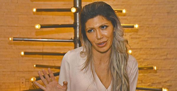 Gabriela Zapata conversó ayer con ELDEBER en un restaurante en la zona sur de la ciudad de La Paz