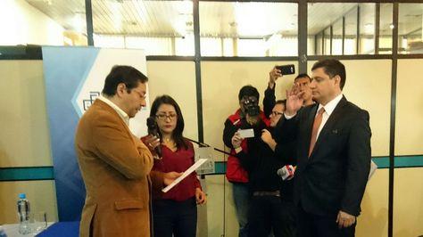 El ministro Luis Arce posesiona a Rodrigo Arce Oropeza como nuevo gerente General de la Gestora Pública