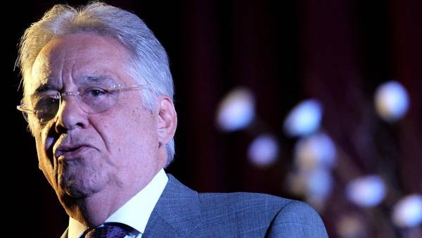 En la mira. El ex presidente Cardoso.