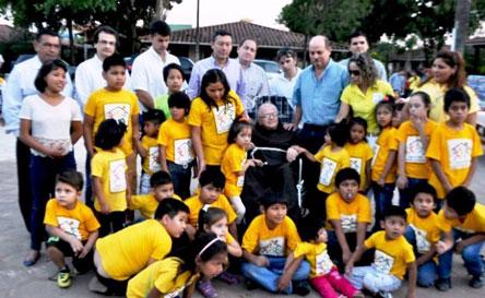 Cena solidaria por niños del hogar Padre Alfredo