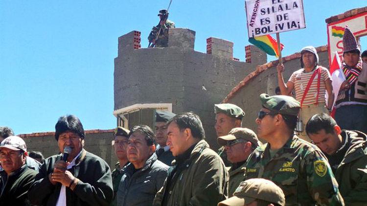 El presidente Evo Morales inspecciona el Silala. Foto: @FreddyteleSUR