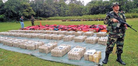 Operativo. Cápsulas de cocaína que fueron 'bombardeadas' en Beni y decomisadas por la FELCN.