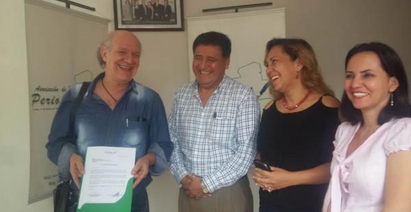 La Asociación de periodistas de Santa Cruz es la encargada de reconocer la labor de los comunicadores