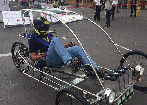 El Inti 2 que participa en la Carrera Solar Atacama.