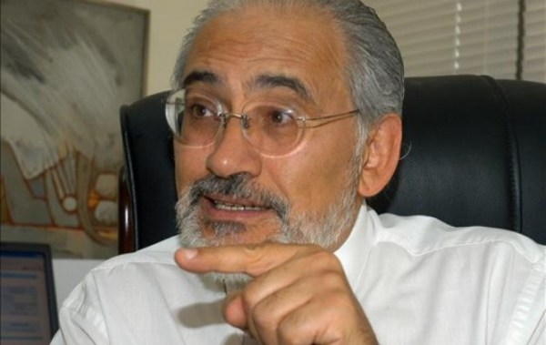 Carlos Mesa sale en defensa de los periodistas y de las libertades democráticas