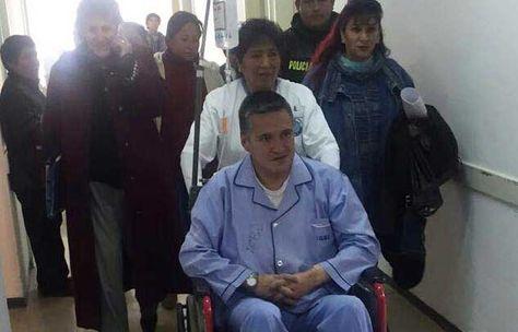 Eduardo León en instalaciones del Hospital de Clinicas. Foto: Facebook Amilcar Barral