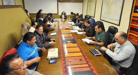 Diálogo entre dirigentes del transporte pesado y autoridades del Gobierno
