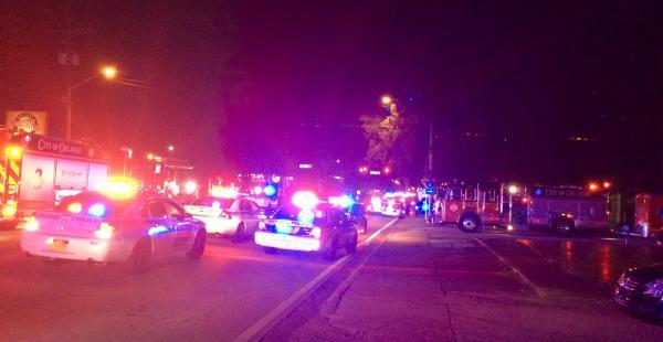 Momento en el que llega la policía al club donde se produjo el tiroteo
