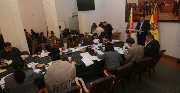 Hoy se concluyó la fase de entrevistas a los aspirantes al cargo público. Se lamenta la falta de conocimiento sobre la Constitución.