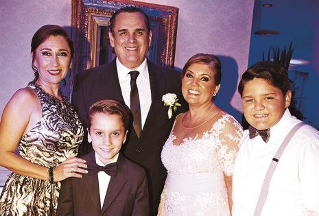 Mirna Cuéllar, Gabriel García, Felipe Melgar, Kathia Valdez y Felipe Melgar Jr. los acompañaron