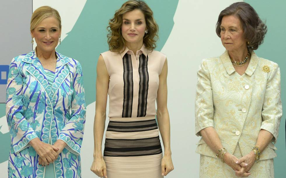 Cristina Cifuentes, la reina Letizia y doña Sofia.