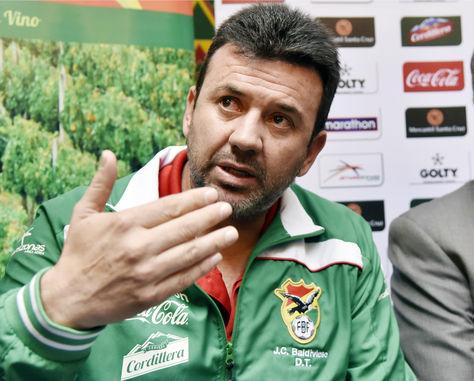 El director técnico de la selección, Julio César Baldivieso