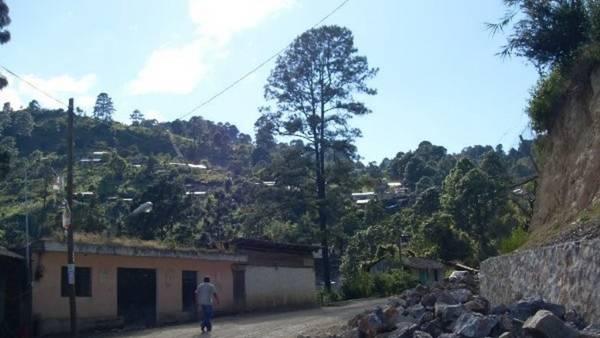 El fentanilo, la droga que mató a Prince y que estremece a la aldea Filo de Caballos, en Guerrero, México.