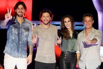 Alejandro Sanz junto al resto del jurado de 'La Voz', Melendi, Manuel Carrasco y Malú.