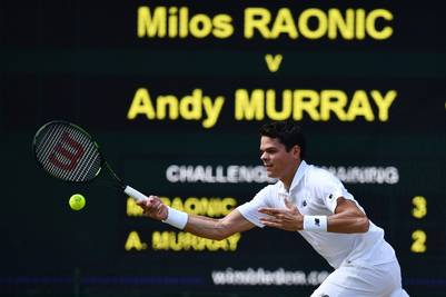 Canada's Milos Raonic returns to Britain's Andy Murray during the men's singles final match on the last day of the 2016 Wimbledon Championships at The All England Lawn Tennis Club in Wimbledon, southwest London, on July 10, 2016. / AFP PHOTO / LEON NEAL / RESTRICTED TO EDITORIAL USE