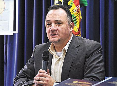 Conferencia. El titular de Planificación del Desarrollo, René Orellana.