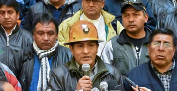 El dirigente de los trabajadores responde ante el conflicto que existe en Bolivia por el cierre de una empresa estatal.