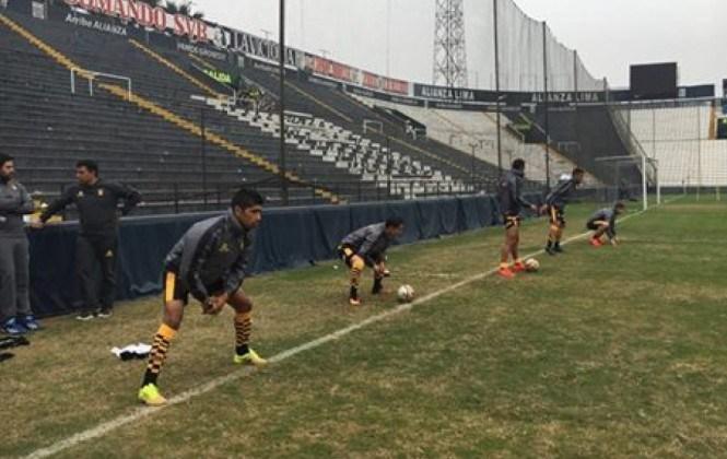 The Strongest vence 3-2 a Alianza Lima e inicia con pie derecho su gira por el Perú