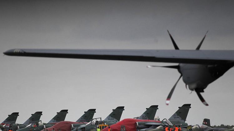 Varios cazas de las Fuerzas Aéreas se encuentran parqueados en una base militar brasileña. 5 de noviembre de 2013.