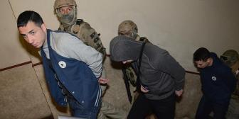 Prófugos de San Antonio suman cargo por evasión