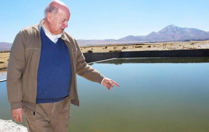 Insulza visita el río Lauca y asegura que más agua llega a Bolivia de la que se queda en Chile