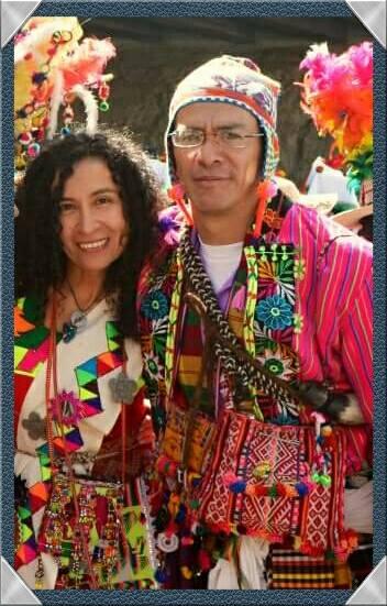 Elizabeth Crespo y José Altuzarra. (Facebook)