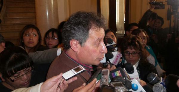 El ministro César Navarro dijo que las demandas de los mineros ya estaban siendo atendidas
