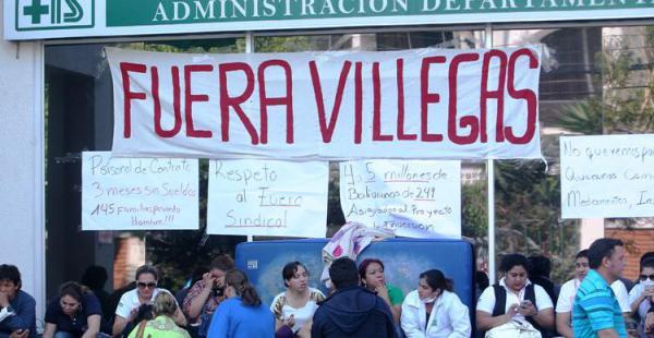 Exigen la renuncia del director nacional Víctor Hugo Villegas