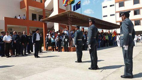 El presidente Evo Morales inaugura en Warnes (Santa Cruz) la Escuela Antiimperialista de las Fuerzas Armadas.