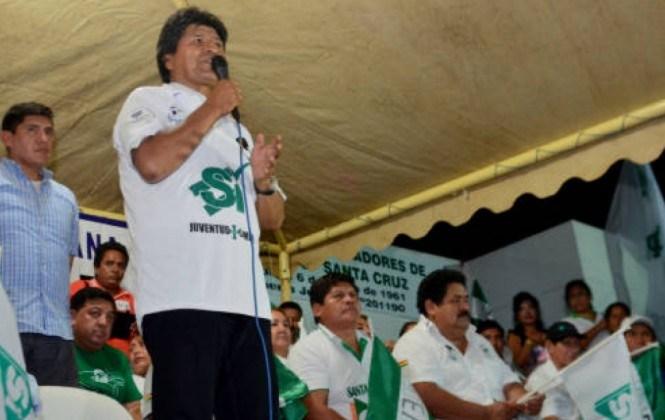 """Opositores ven """"show"""" en pedidos de organizaciones de que Evo se quede en el poder después de 2020"""