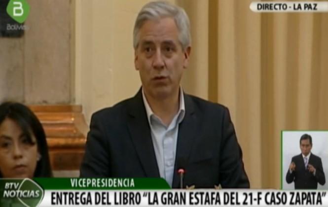 Por segundo día consecutivo interrumpen a García Linera en un acto público (video)